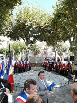 dépôt gerbe stèle jean moulin congres anciens combattants 2019 interprete italien français les mots de gianni